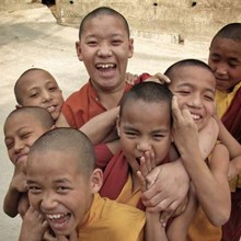 Volunteer in a school / teach children and learn about Tibetan culture!